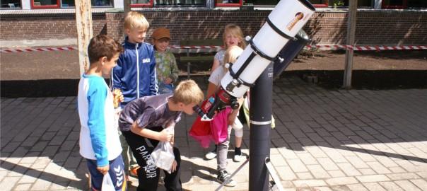 På Helsinge Børnefestival med solkikkert og planetsti